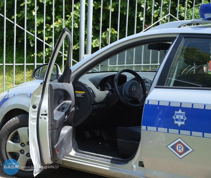 Zaufała oszustowi istraciła 100 tys. zł. Policja szuka złodzieja