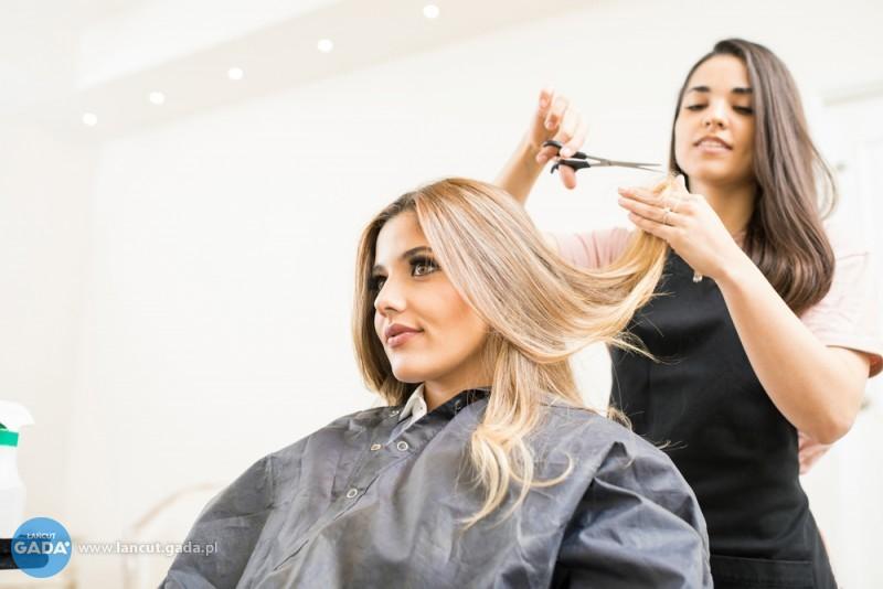 Mobilny fryzjer-nowa fryzura bez wychodzenia zdomu