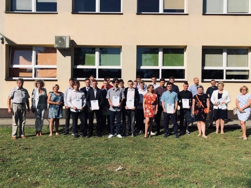 Technicy zrównymi szansami zawodowymi wUE