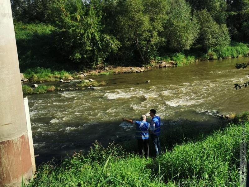 Zgłoszenie ośniętych rybach