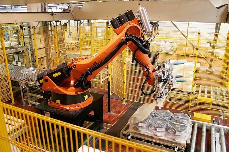 Paletyzacja jednym znajważniejszych działań robotyzacji procesów produkcyjnych